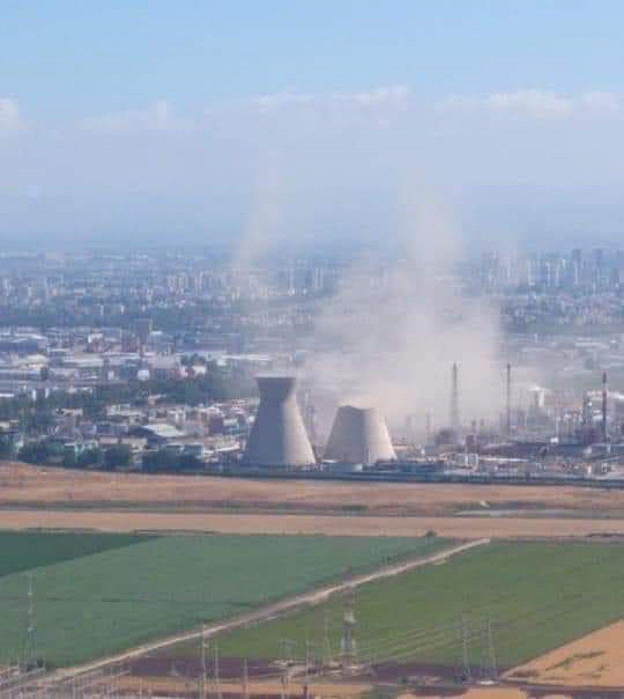 انهيار أحد المباني في مصافي البترول في حيفا
