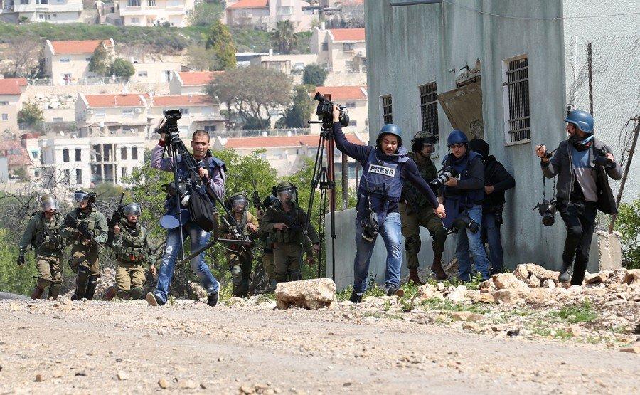70  انتهاكا إسرائيليا بحق الصحفيين الفلسطينيين في الربع الأخير من العام الجاري